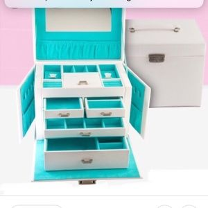 Origami Owl white jewelry box case charms O2 new